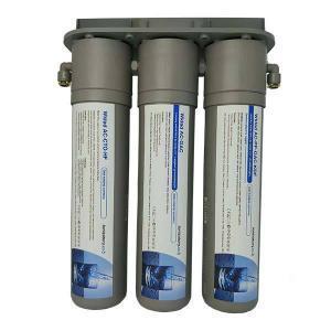 Pijesz czystą wodę po kilkustopniowej filtracji. Prosty i jakościowy system zapewni dobrej jakości wodę bezpośrednio w Twojej kuchni.