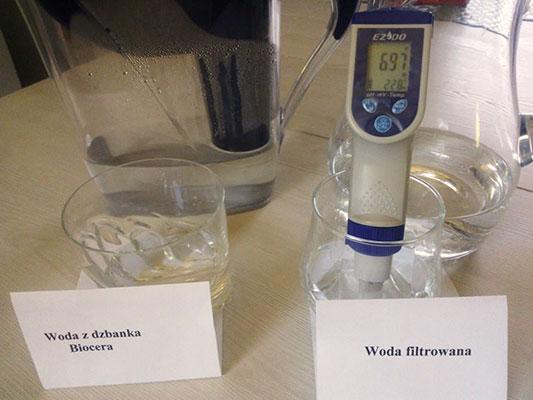 Woda kranowa po filtracji o pH 6,97